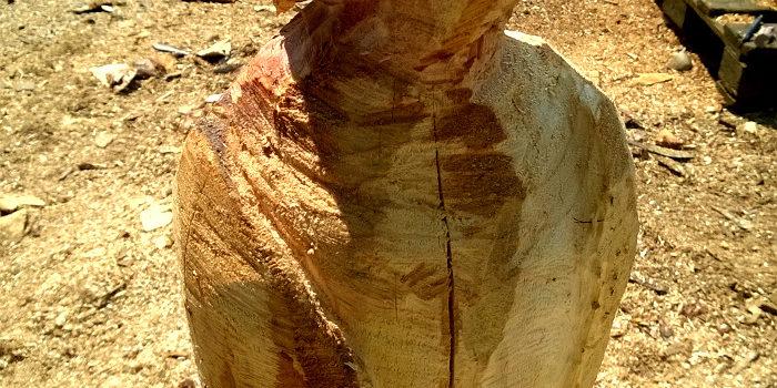 Kicherndes Holz